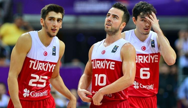 Türkiye 3. maçında Sırbistan'a mağlup oldu