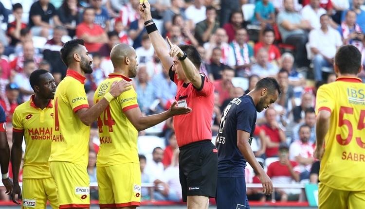 Antalyaspor 1-3 Göztepe maç özeti ve golleri (İZLE)