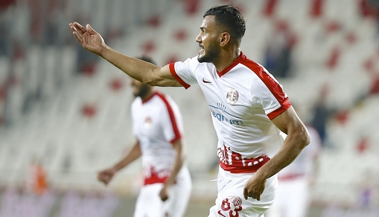 Antalyaspor Kasımpaşa'yı yenerek nefes aldı
