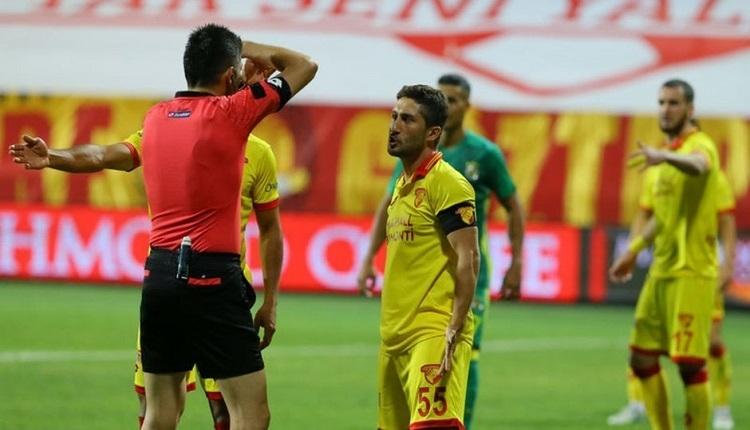 Antalyaspor taraftarlarından Göztepeli Sabri'ye protesto! Sebebi...