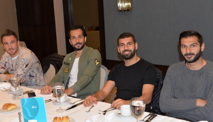 Atiker Konyaspor, Salzburg maçı öncesinde moral yemeğinde buluştu