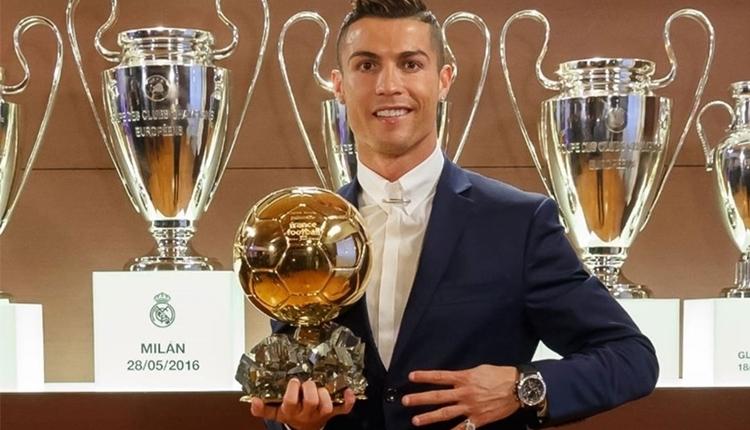 Cristiano Ronaldo, Altın Top ödülünü sattı! Sebebi...
