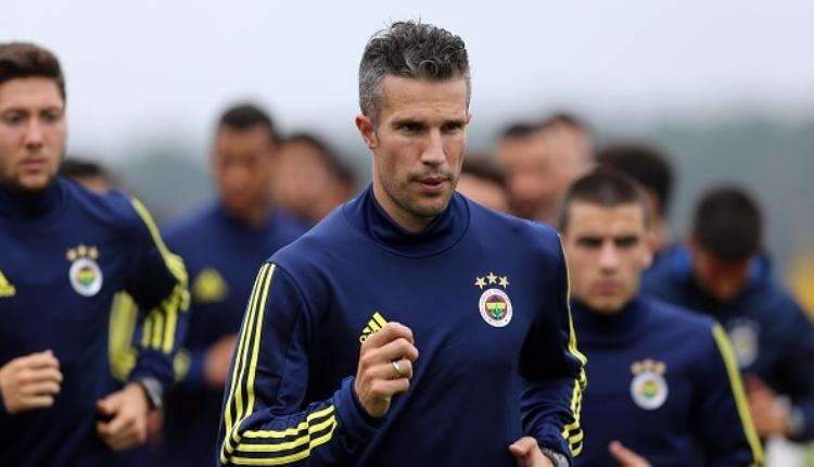 Fenerbahçe'de Robin van Persie sahalara ne zaman dönecek?