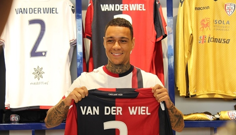 Fenerbahçe'de Van der Wiel, kulübeye hapsoldu