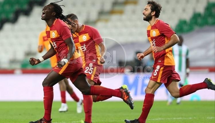 Galatasaray'da Bafetimbi Gomis, Fenerbahçe derbisi öncesi takımı topladı