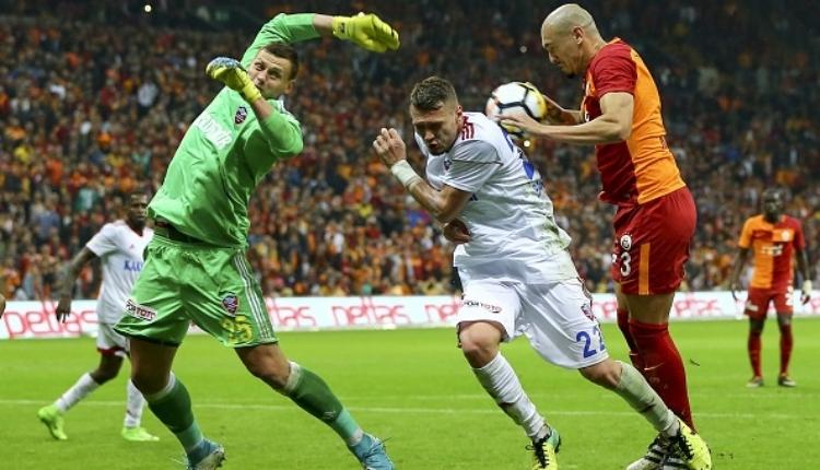 Galatasaray'da Maicon, Soldado ve Negredo'yu solladı