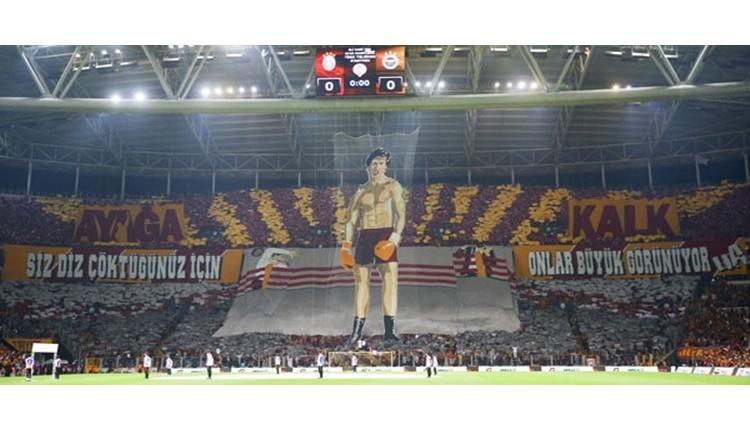 Galatasaray'ın koreografisine Binali Yıldırım'dan soruşturma!