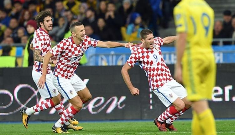 Hırvatistan, Ukrayna'yı yenerek play-off'a hak kazandı (İZLE)