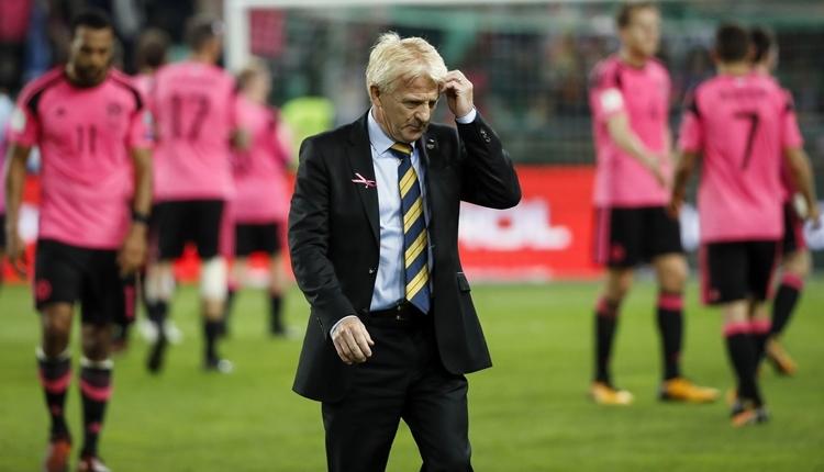 İskoçya'da Gordon Strachan ile yollar ayrıldı