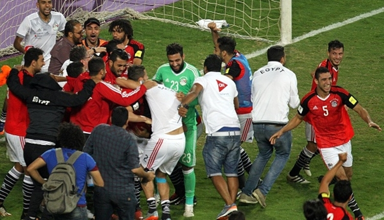 Mısır'da 28 yıl sonra Dünya Kupası sevinci! Ülke sokaklara döküldü