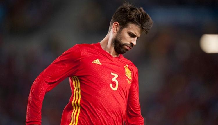Pique idmanı terk etti! İspanyollardan küfür (İZLE)