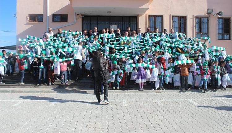 Atiker Konyaspor minik kalplere dokundu