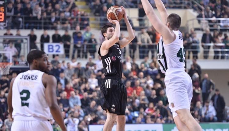 Beşiktaş Sompo Japan ligde seriye bağladı