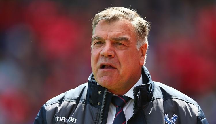 Everton adı skandala karışan Sam Allardyce ile anlaştı