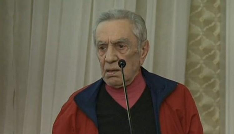 Galatasaray Divan Kurulu'nda Aydemir Akbaş'tan olay sözler