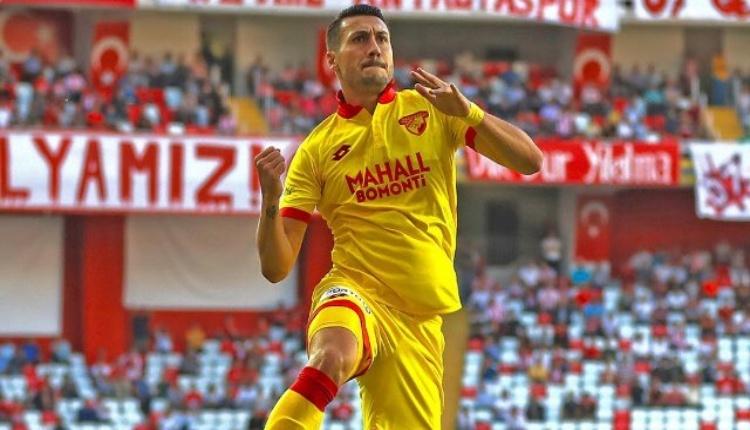Galatasaray'dan forvete Adis Jahovic transferi