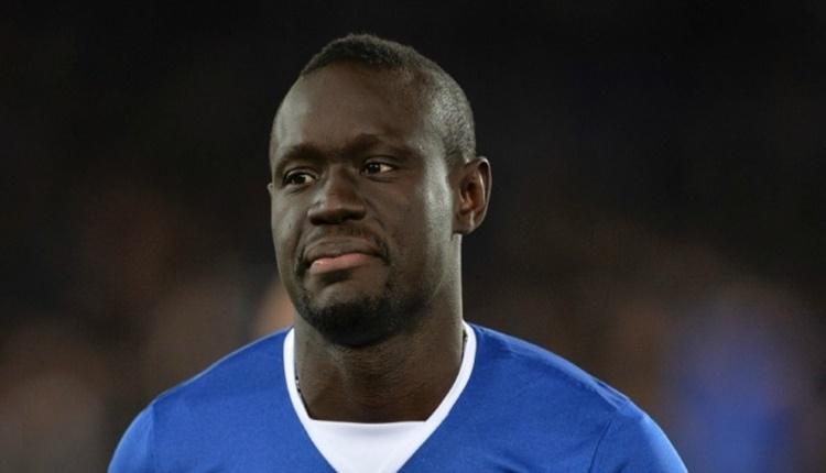 Oumar Niasse için Premier Lig tarihine geçecek ceza