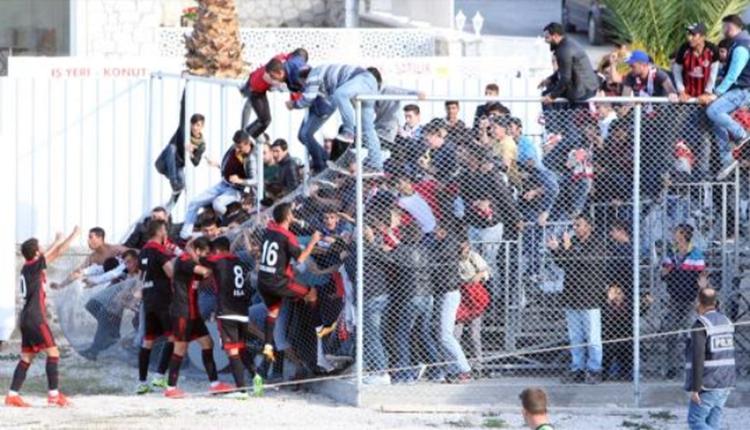 Turgutluspor taraftarları Akhisar'da olay çıkardı