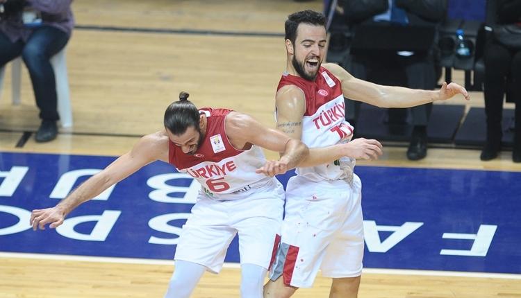 Türkiye ilk maçında Letonya'yı yıktı