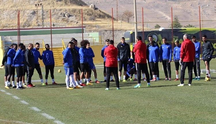 Yeni Malatyaspor'da Erol Bulut oyuncularını uyardı!