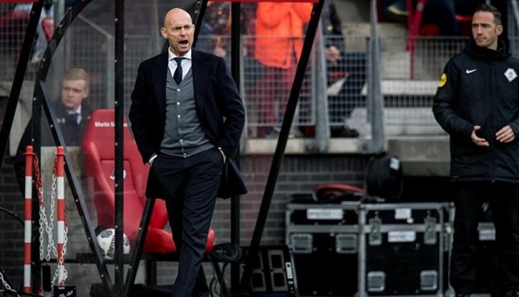 Ajax teknik direktör Marcel Keizer'i kovdu