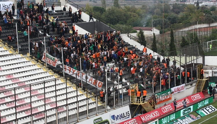 Alanyaspor taraftarından Antalyaspor deplasmanına çıkarma!