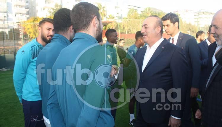 Alanyaspor'a Dışişleri Bakanı Mevlüt Çavuşoğlu'dan ziyaret