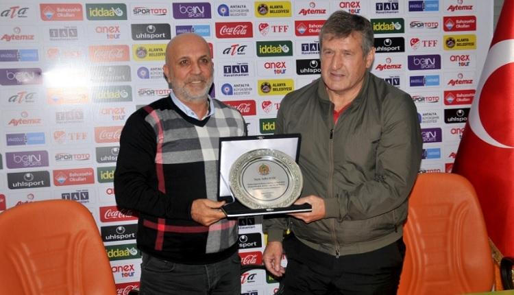 Alanyaspor'da Safet Susic ile vedalaştı! Resmi açıklama