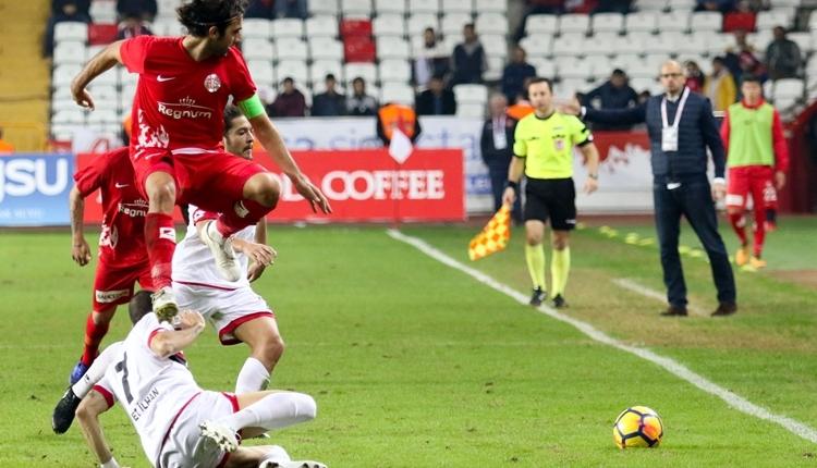 Antalyaspor'da David Badia: 'Galibiyeti hak etmedik'