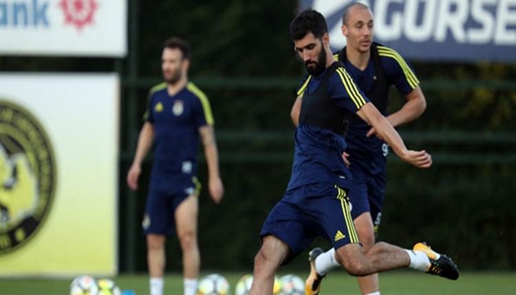 Aykut Kocaman'ın Atiker Konyaspor maçında Mehmet Topal ve Luis Neto kararı