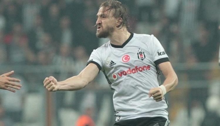 Beşiktaş'ın Manisaspor ile oynadığı maçta Caner Erkin'den tepki çeken hareket