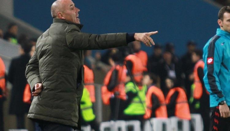 Bursaspor Teknik Direktörü Paul Le Guen: 'Başımızı dik tutmalıyız.'