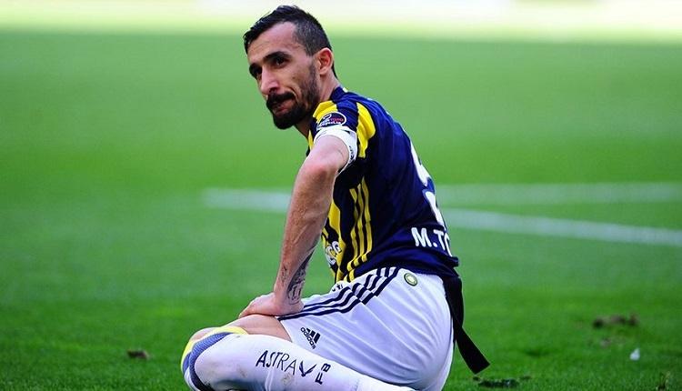 Fenerbahçe taraftarlarından Karabükspor maçında Mehmet Topal'a protesto