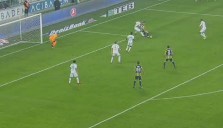 Fenerbahçe'de Bursaspor maçında Soldado'nun penaltısı doğru mu?