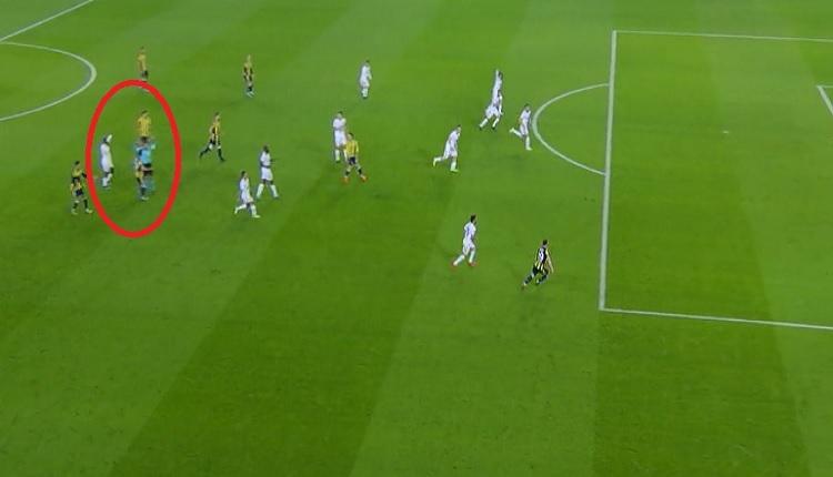 Fenerbahçeli futbolculardan Karabükspor maçında Alper Ulusoy'a tepki! O pozisyon...