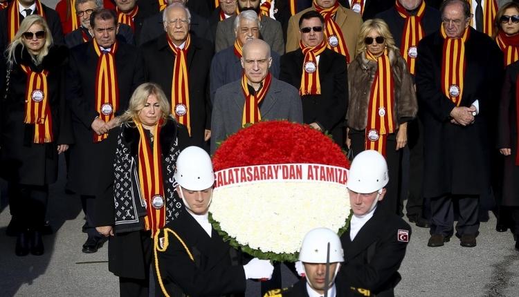 Galatasaray yönetimiAta'nın huzurunda