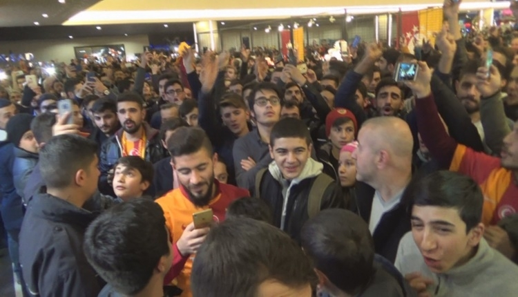 Galatasaray'da Garry Rodrigues izdiham yarattı