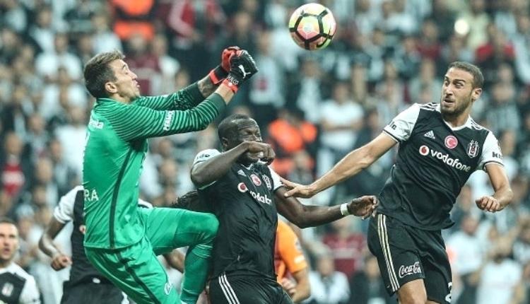 Galatasaray'da Muslera'ya yan top uyarısı ''Risk al''