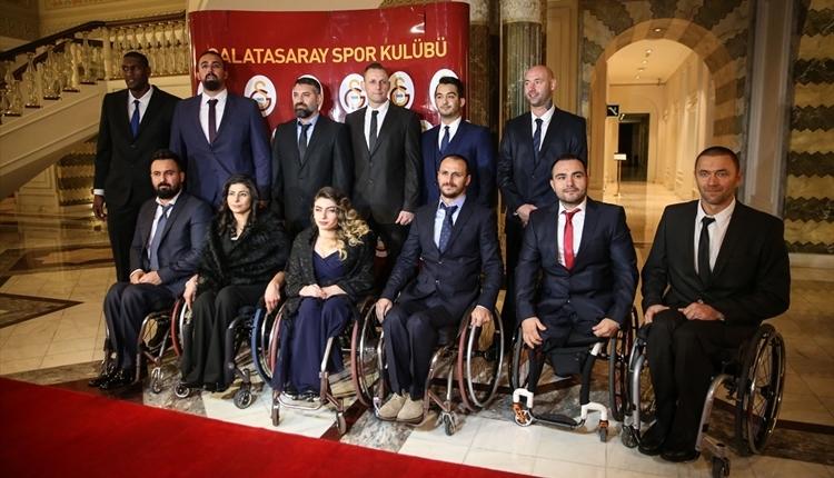 Galatasaray'dan örnek hareket! Destek gecesine akın ettiler