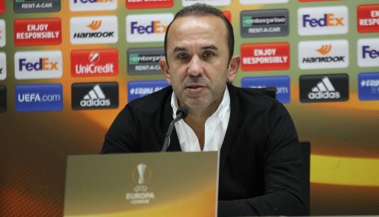 Konyaspor'da Mehmet Özdilek'ten Vitoria Guimaraes açıklaması