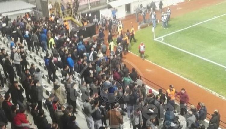 Manisaspor - Beşiktaş maçında olay! Tribün değiştirdiler