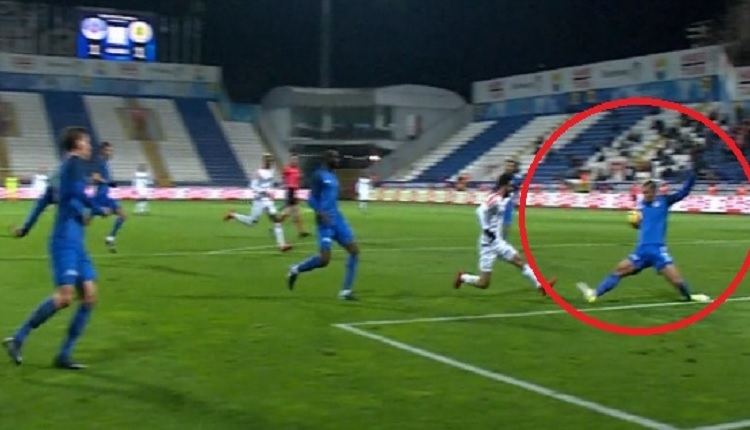 Alanyaspor'a Kasımpaşa maçında verilen tepki çeken penaltı kararı