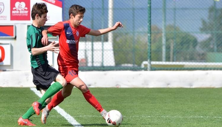 Altınordulu futbolcu Barışcan Altunbaş'tan, Fair-Play ödülüne aday hareket