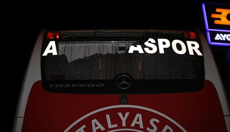 Antalyaspor otobüsüne şok saldırı!