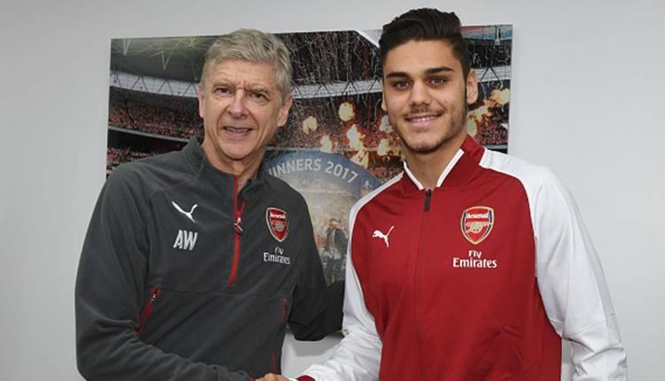 Arsenal Konstantinos Mavropanos'u transfer etti
