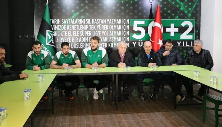 Batuhan Karadeniz yeniden Sakaryaspor'a transfer oldu