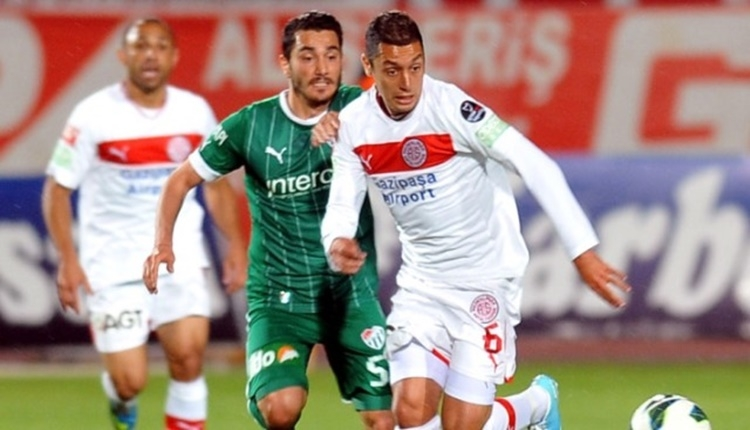 Denizlispor, İsmail Aissati'yi transfer etti