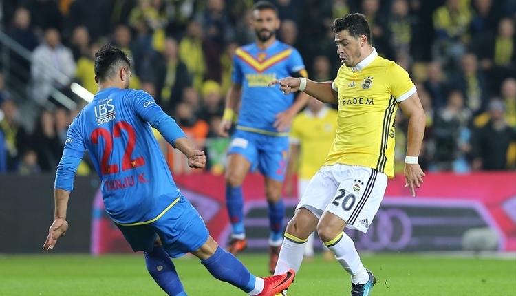 Fenerbahçe'de Giuliano şoku! Hastaneye kaldırıldı