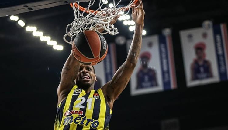 Fenerbahçeli James Nunnaly'nin korkutan sakatlığı