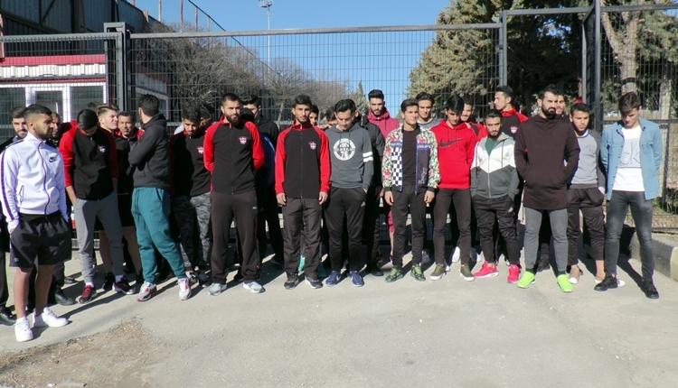 Gaziantepspor'da futbolculardan sert açıklama! 'Futbolun F'sinden anlamıyorlar'